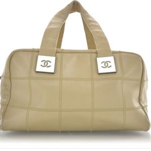 🍒authentic Chanel caviar camel satchel